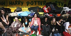 Queue for the new Harry Potter book