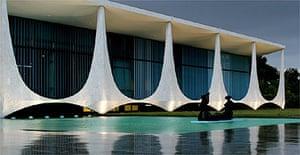 8917257461c0 The Brazilian Palacio da Alvorada (Palace of the Dawn)