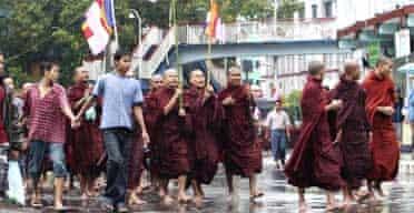 Monks march in Rangoon