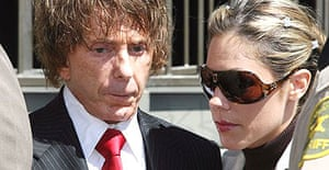 Phil Spector and his wife Rachelle arrive at court in Los Angeles