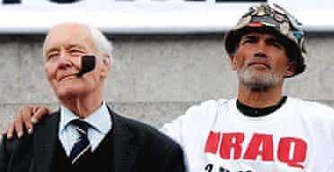 Tony Benn and Brian Haw at an anti-war rally in London