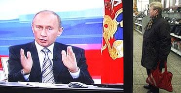 Vladimir Putin conduct his annual televised phone-in