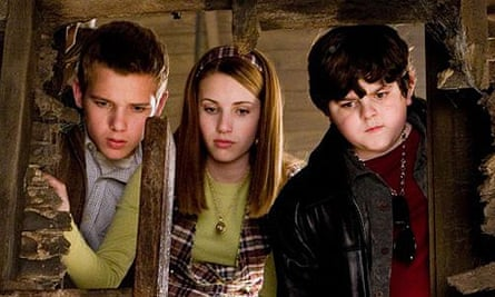 Max Thieriot, Emma Roberts and Josh Flitter in Nancy Drew