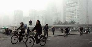 Beijing shrouded in smog