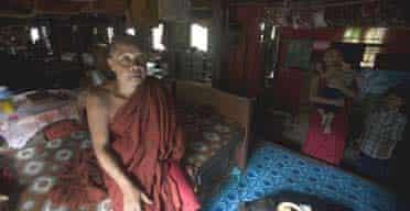 Burma monks