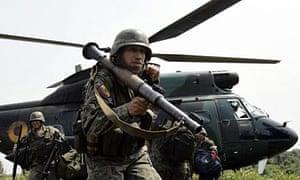 Ecuadorean soldiers arrive at Angostura.