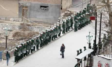 Chinese riot police in Xiahe, where hundreds of Tibetans demonstrated on Friday