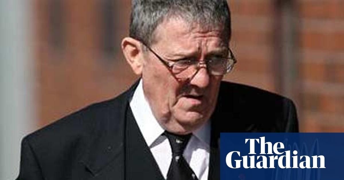 Coroner records suicide verdict on two Bridgend deaths   UK