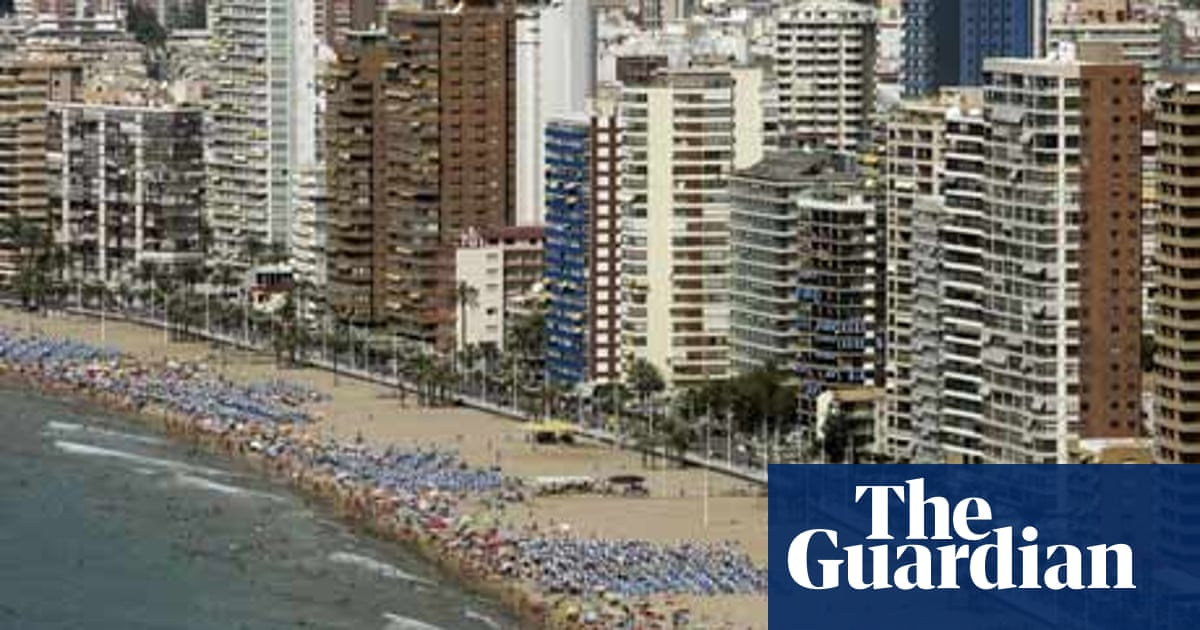 Six reasons why mass tourism is unsustainable | Guardian