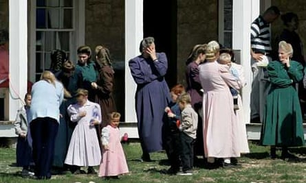 Members of polygamist sect