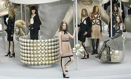 Models wear creations from German fashion designer Karl Lagerfeld's Spring/Summer 2008 collection, in Paris.