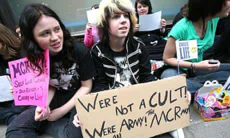 Emo protest against the Daily Mail