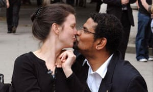 Multiple sclerosis sufferer Debbie Purdy with her husband Omar Puente