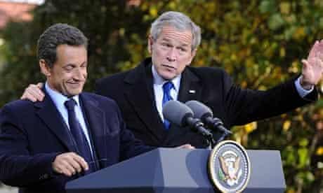 Nicolas Sarkozy (l) and George Bush at a meeting in Mount Vernon, Virginia, in 2007