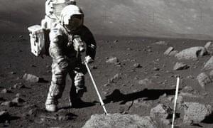 Apollo 17 astronaut moonlanding