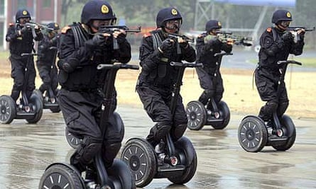 Members of China's armed police take part in an anti-terrorism drill