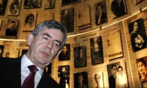 Gordon Brown at the Yad Vashem museum