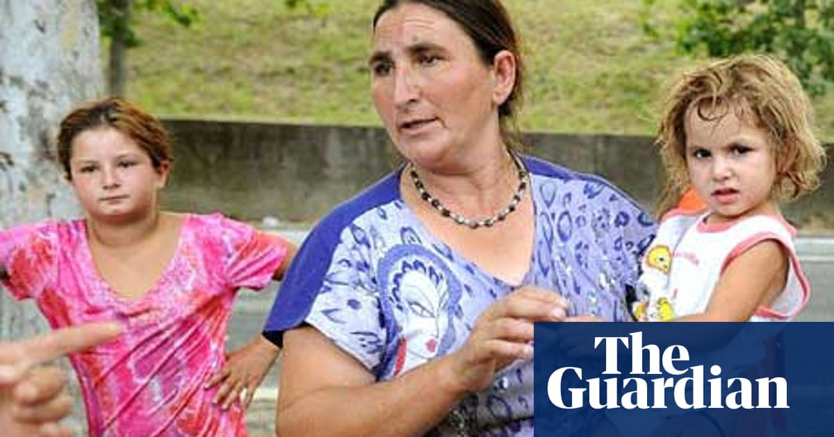 Q&A: Italy's attitude to the Roma population | World news