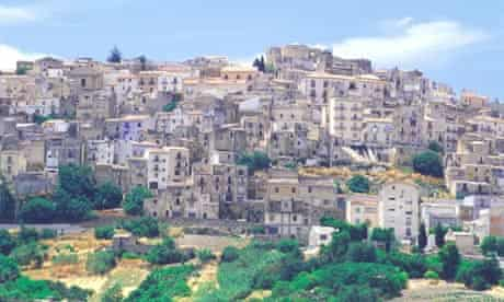 A token price tag and restoration deadline could save 3,700 old houses in Salemi, Sicily