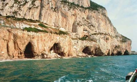 Neanderthals: Gibraltar caves from the sea