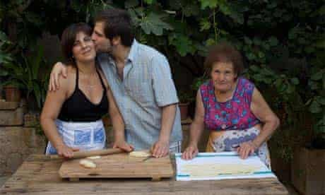 Chef Fabrizio Tarpeo with his mum and grandmother