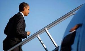 Barack Obama boards his plane at Orlando International airport