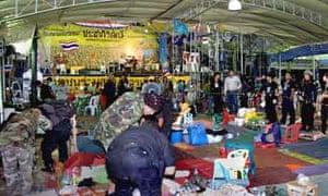 Bangkok grendade attack on demonstrators
