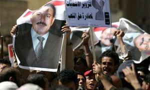 Supporters of the opposition and the ruling party face each other during a protest in Sanaa November 20, 2008. Yemeni opposition parties have been staging protests for several weeks against a voter-registration process across the Arab country in preparation for the legislative elections due in April 2009. REUTERS/Khaled Abdullah
