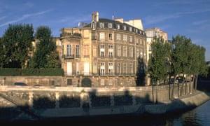 Hotetl Lambert on the Ile Saint-Louis in Paris