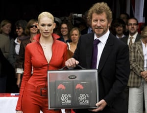 Gallery books 2008 year in review: Sebastian Faulks at the launch of the new James Bond book, Devil May Care