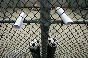 Gallery Guantanamo Bay : News headlines given to prisoners in Guantanamo Bay