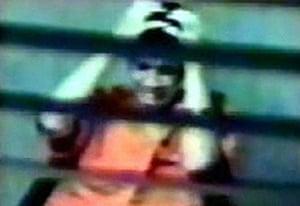 Gallery Guantanamo Bay : Omar Khadr being interviewed at Guantanamo Bay