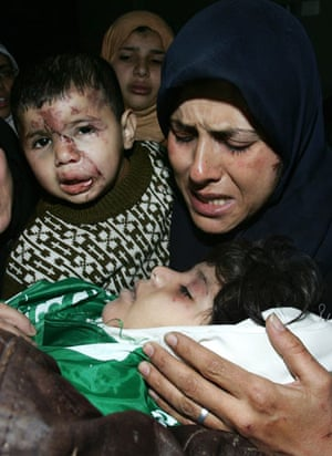 Gallery Funeral in Gaza: Palestinians attend funeral of five young Balalusha sisters