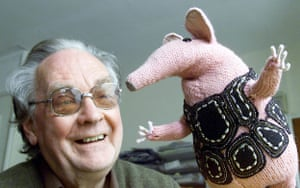Gallery Oliver Postgate: Oliver Postage with one of the Clangers