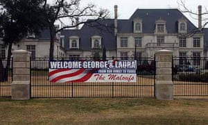 Neighbours Pay 20 To Welcome Bush To Dallas Us News