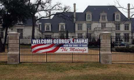 Welcome signs for George Bush and Laura Bush