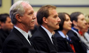 Chesley Sullenberger and Jeff Skiles with Flight 1549 crew