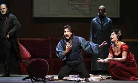 Marcelo Alvarez and Karita Mattila star in Tosca at the Metropolitan Opera in New York.