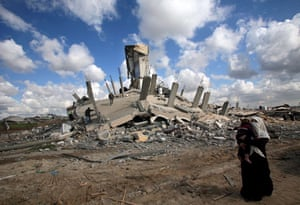 Gallery Gaza then and now: Palestinians return to their destroyed houses