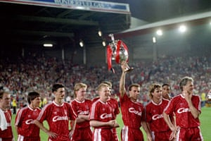 Gallery 1990s recession: Liverpool's Ronny Rosenthal holds aloft a league championship trophy