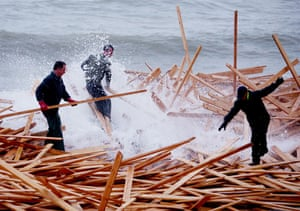 Gallery planks in Ramsgate: Washed up Timber