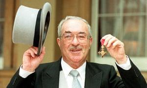 Reg Gutteridge dies aged 84