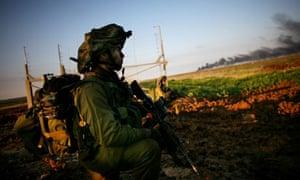 Israeli soldiers enter Gaza