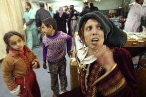 Gallery Gaza: A Palestinian woman at Shifa hospital in Gaza