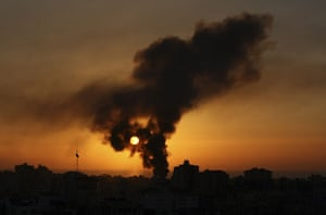 Gallery gaza: Smoke rises over Gaza city