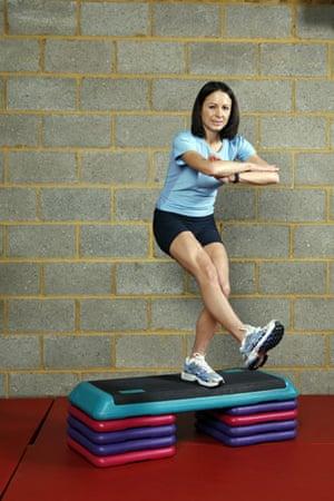 Gallery Strength training: Jo Pavey: single leg squat