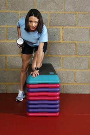 Gallery Strength training: Jo Pavey: single-arm row