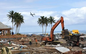 Samoa: A New Zealand Air Force plane surveys the damage