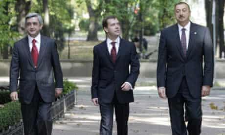 Serzh Sargsyan, Dmitry Medvedev and Ilham Aliyev at the CIS summit in Chisinau, Oct 9, 2009