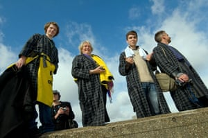 Hitchcon 2009: Fans wearing dressing gowns in honour of Arthur Dent at Hitchcon 2009